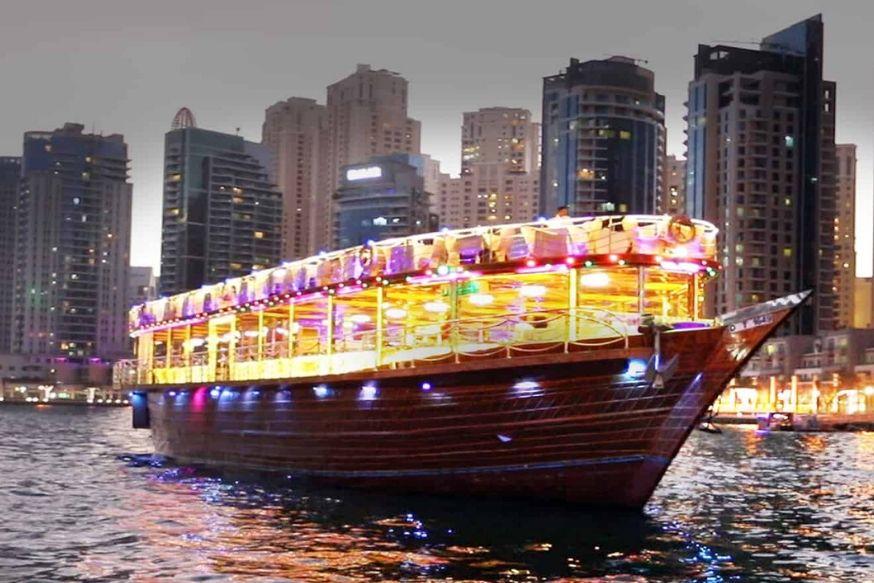 Dhow Cruise Dinner Dubai Marina