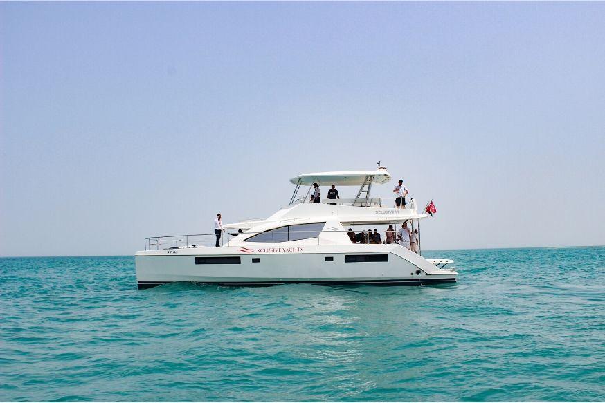 Sharing Yacht Cruise Dubai Marina