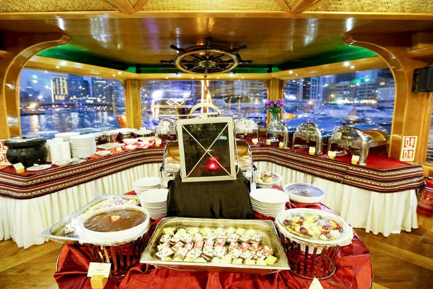 Aisha Dhow Cruise Dinner