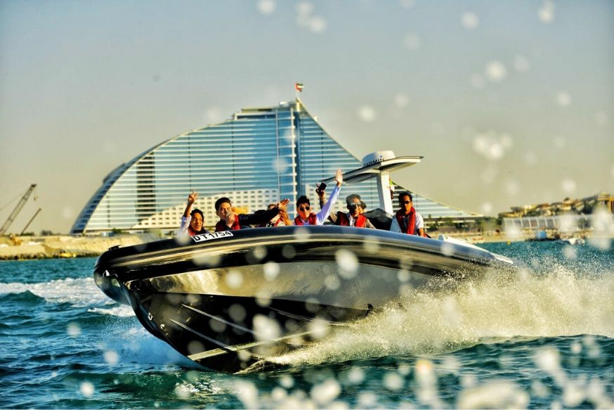 60 mins Sight Seeing Tour - Dubai Canal